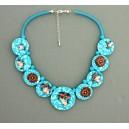 collier perles plates  visage fleur turquoise