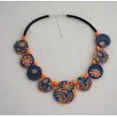 Collier perles plates Maïlys  jeu de transparence, fleurs orange