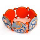 bracelet perles plates Maïlys fond gris fleur orange